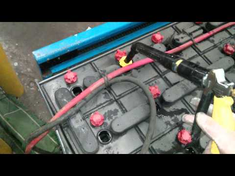 How to fill a forklift battery with water