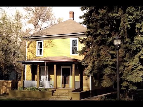 125-Year-Old House Renovation (6 months in 15 minutes)