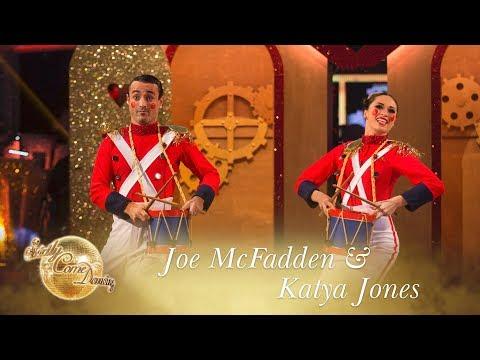 Joe and Katya Charleston to 'Alexander's Ragtime Band' - Strictly Come Dancing 2017