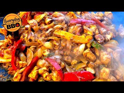 Marinated Chicken Fajitas on the Blackstone Griddle - How to make Chicken Fajitas - Everyday BBQ