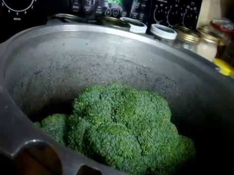 Cooking Broccoli in Bulk for food prepping and meal planning