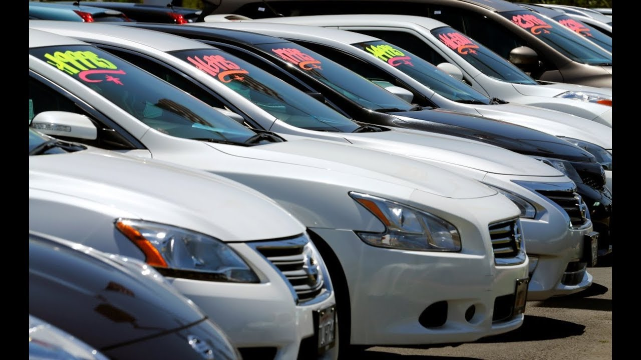 Buying a car: Should you lease or finance?