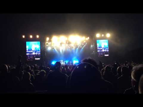 The Black Keys - Lonely Boy @ Northside Festival 2015