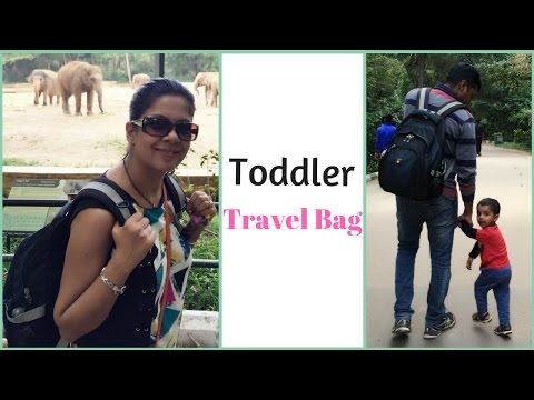 Toddler travel bag tips - What's in my toddler bag?