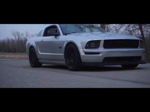 Satin silver 2005 Mustang 3v Modified (clean)