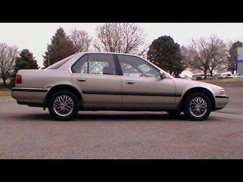 1991 Honda Accord 2.2L Spark Plugs & Distributor Cap Repair