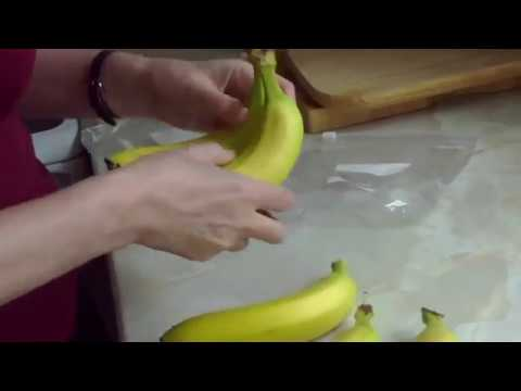 How to stop bananas from going brown. YouTube. (Subscribe for updates).