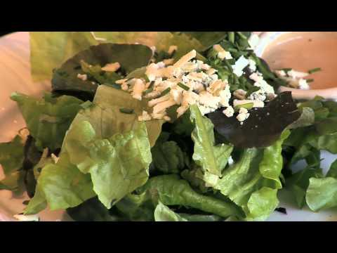 Eating Smart While Dining Out - Video