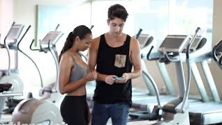 How to pick up a girl at the gym