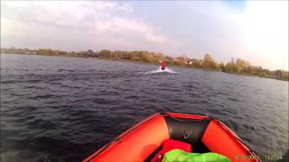 как замерить скорость лодки на воде