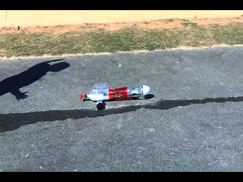 Aniyah Shoots the Rocket Car (Baking Soda and Vinegar)