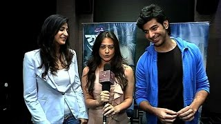 Debutants Pavail and Aahana along with Mona Vasu in a TV show Yudh!