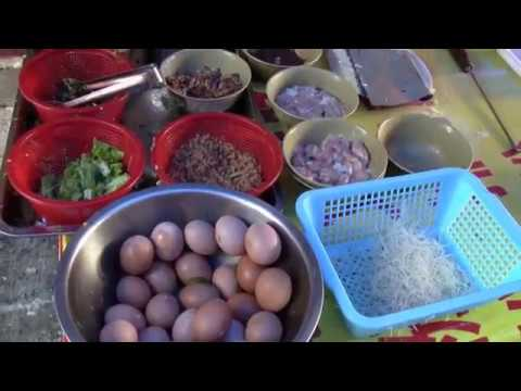 Steamed Chinese Rice Rolls In Hoiping, China  (Mom's Rice Roll Recipe)    Web Fest New York 2017