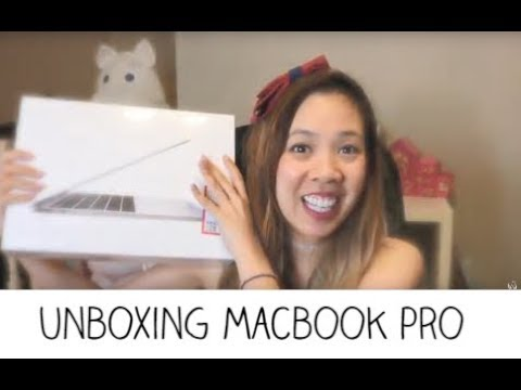 Unboxing MacBook Pro 2017 model // My Mother's Day Gift 2018