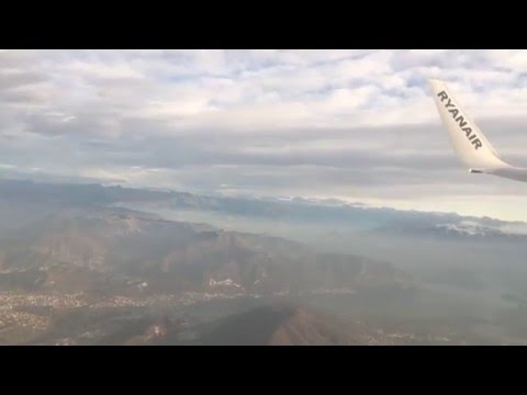 Ryanair B737-800 approach landing taxi @ BGY Milan Bergamo airport