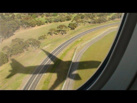 VIRGIN AUSTRALIA 777-300ER LANDING AT MELBOURNE AIRPORT
