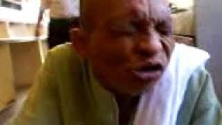 Viralkan Sosmed!!!!! Asli Lucu Kakek Ini Bernyanyi