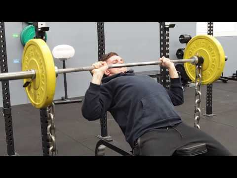 Using Chains as Accomodating Resistance in Strength Training