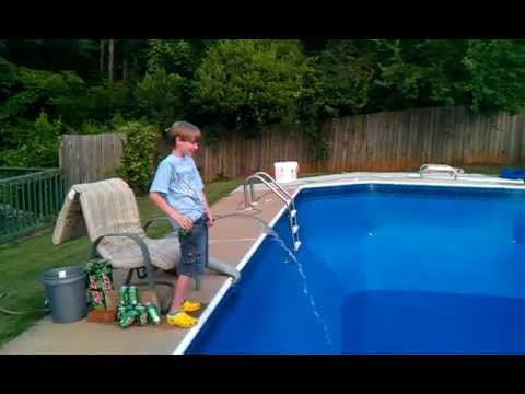 How to fill up a swimming pool