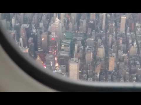 Landing at LaGuardia Airport, great view over Manhattan!