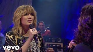 Jennifer Nettles - His Hands (Live) ft. Brandy Clark