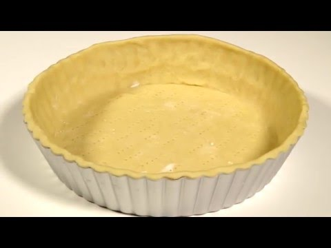How to line a tart tin with shortcrust pastry