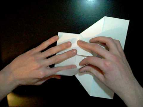 Making Paper Airplanes - Troubador