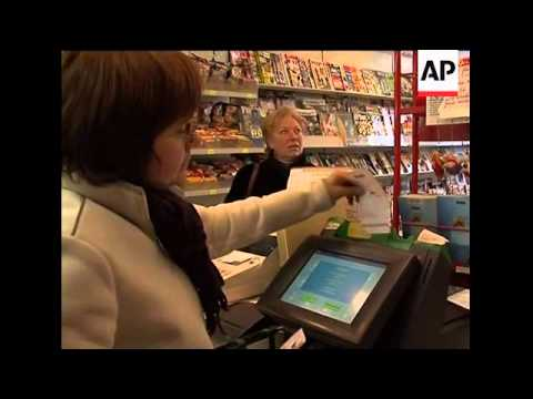 Rush to buy Euromillions lottery tickets for 129 million euros jackpot