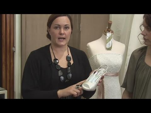 How To Dye The Exact Colour On Wedding Shoes