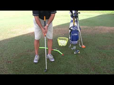 Golfing Tips : How to Hold a Belly Putter