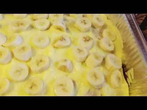Banana   pudding poke cake..home made #lisascatering