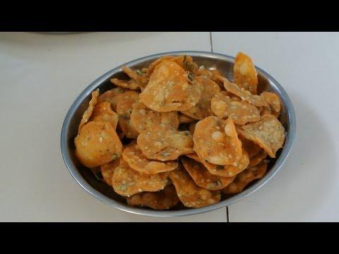 Homemade Festival Faral - Tikhat Masala Puri in मराठी/marathi (Tea Time Snack)