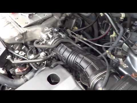 How to clean throttle body on Acura TL