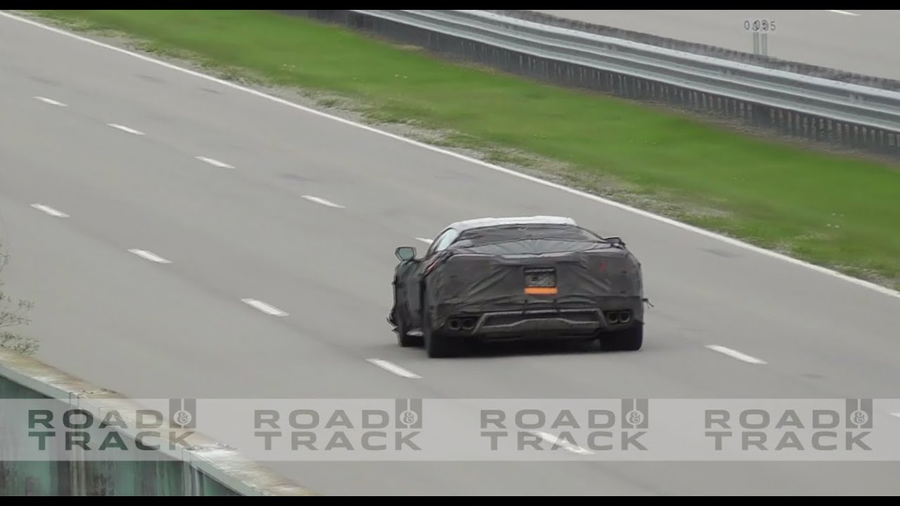C8 Corvette Z06 Launch Sounds! Acceleration Runs, Flat-Plane Engine Noise