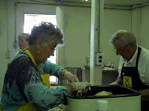 Okeechobee KOA kitchen crew