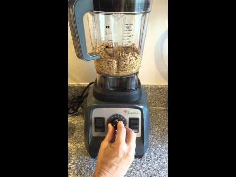 Jamba Professional Blender:  Making Sesame Paste, Part 1