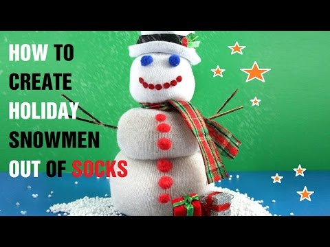 How to Create Holiday Snowmen out of Socks