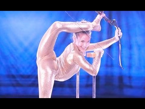 Sofie Dossi WOW! Get's Reba McEntire Golden Buzzer | Judge Cuts 2 |America's Got Talent 2016 | Ep. 9