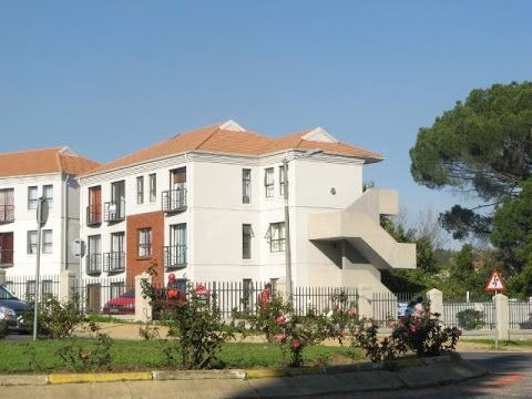 2 Bedroom Flat For Sale in Wellington, South Africa for ZAR 680,000...