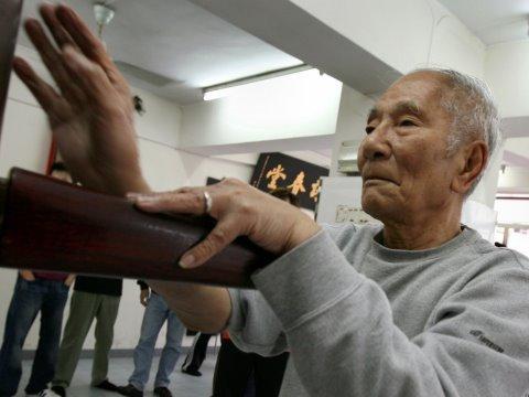 Xxx Mp4 Ip Chun 葉準 84 Year Old Wing Chun Legend 3gp Sex