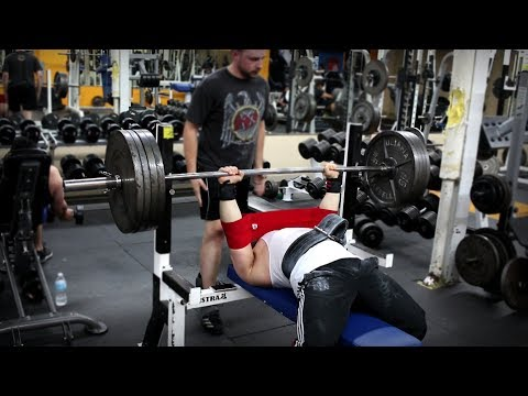 405lb Paused Bench Press with Slingshot