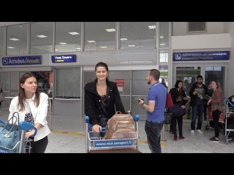 EXCLUSIVE : Isabeli Fontana arriving at Nice airport for Cannes Film Festival