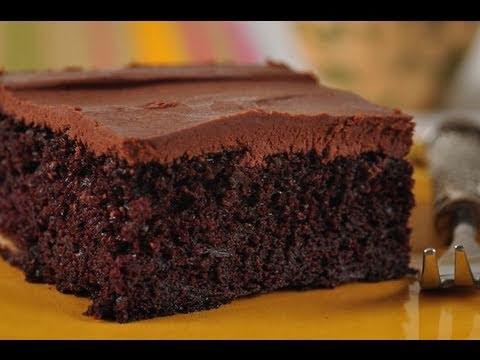 Chocolate Banana Cake Recipe Demonstration - Joyofbaking.com