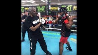 KSI Training To Fight Logan Paul At Mayweather Gym!