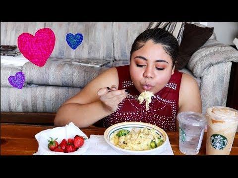 Cheesy Chicken Alfredo, Starbucks, and Strawberries | Valentine's Day Mukbang
