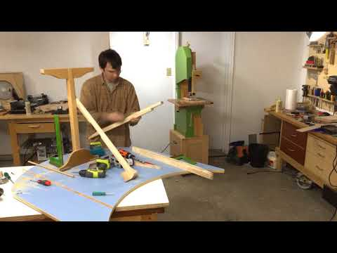 Building an extension table for a round  table