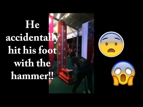 My cousin accidentally hit his foot with the hammer!! (Music Run)