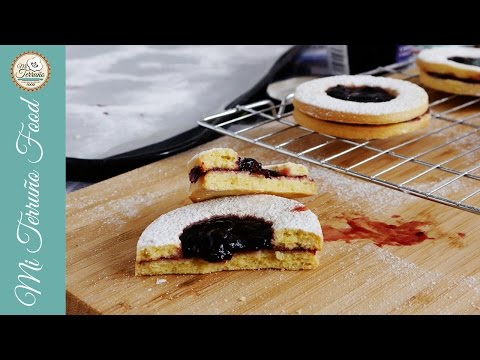 Easy Linzer Cookies with Cherry Jam and Chocolate │Mi Terruno Food