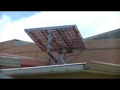 Hybrid Arduino controlled solar tracker. The simplest Solar tracker control using a Arduino UNO