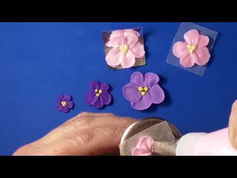 Learn how to make Royal Icing Violets tutorial